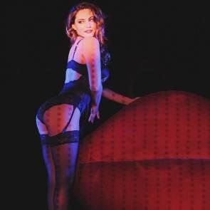 15-Kelly-Brook-Nude-Sexy