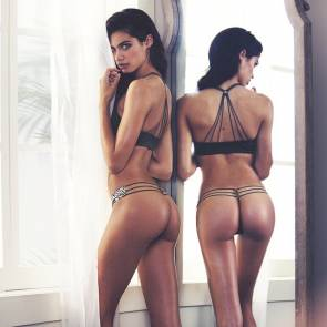 15-Sara-Sampaio-Nude-Topless