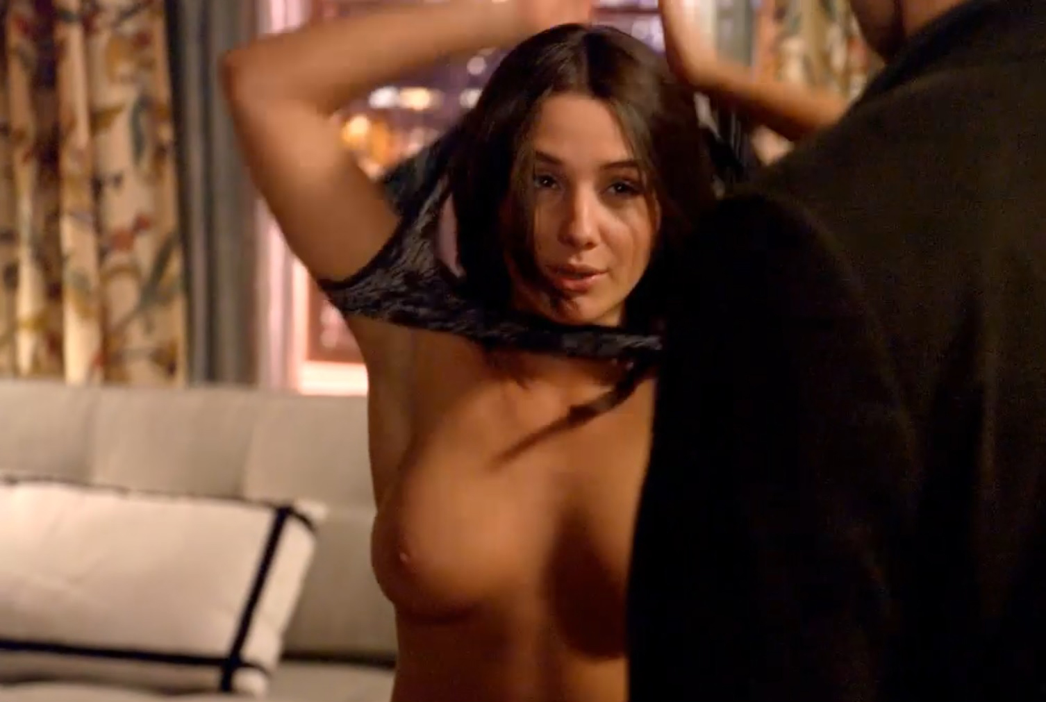 Addison timlin sex scene in the awkward moment 5