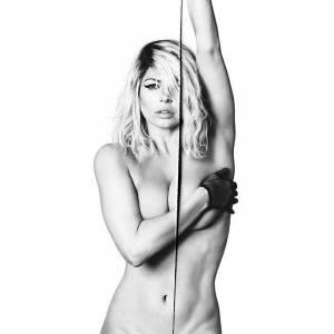 Fergie Nude & Sexy Pics
