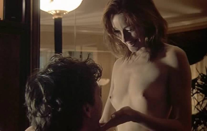 Molly Parker Nude Sex Scene In The Center Of The World -4598