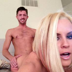 02-Jenny-McCarthy-Leaked-Nude
