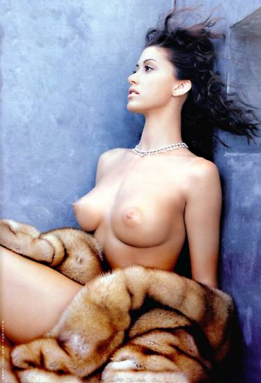 Shannon Elizabeth Nude Pics & Topless Sex Scenes Compilation 4