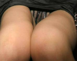 03-Emma-Watson-Pussy-Slip