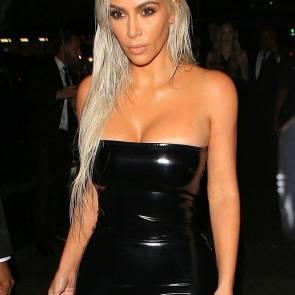 03-Kim-Kardashian-Sexy