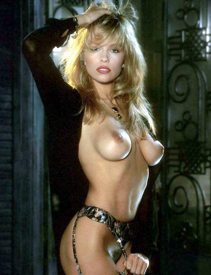 Pamela Anderson Nude Pics and Leaked Sex Tape 5