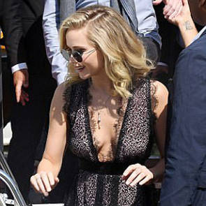 05-Jennifer-Lawrence-Sexy-Venice