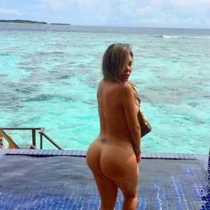 05-Liziane-Gutierrez-Naked