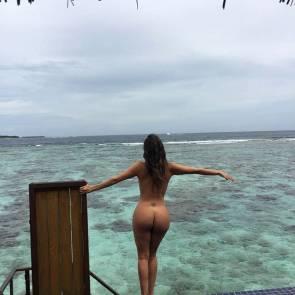 06-Liziane-Gutierrez-Naked