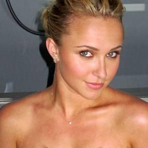 08-Hayden-Panettiere-Leaked-Nude