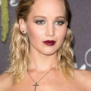 09-Jennifer-Lawrence-Sexy-Paris