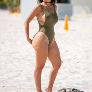 09-Liziane-Gutierrez-Sexy-Bikini