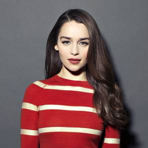10-Emilia-Clarke-Platinum-Blonde-Dark-Hair-Sexy