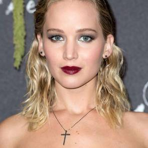 10-Jennifer-Lawrence-Sexy-Paris