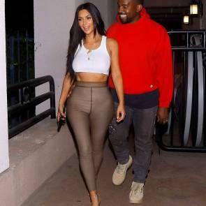 11-Kim-Kardashian-Braless