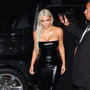 11-Kim-Kardashian-Sexy