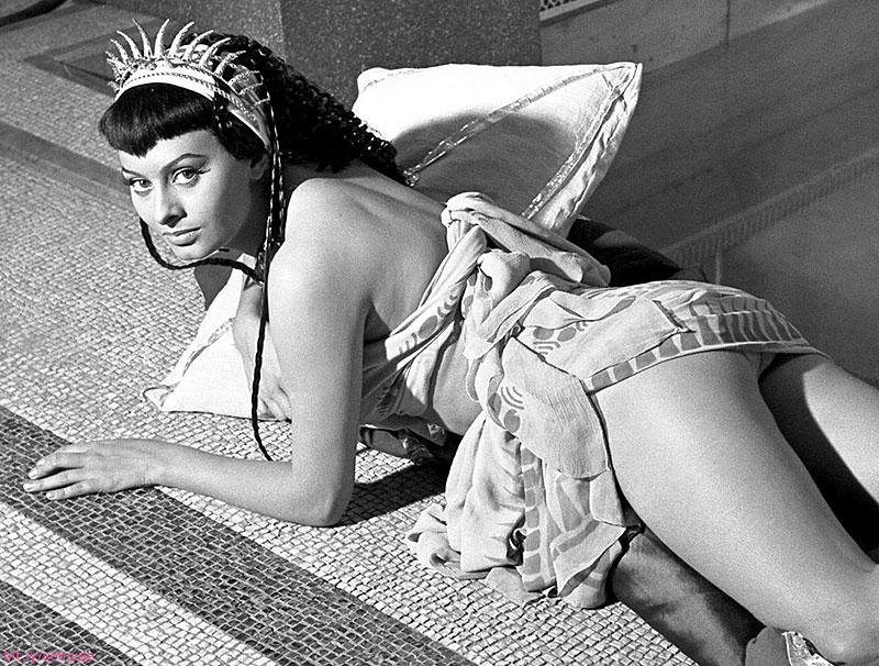 Sophia Loren Nude Collection ...