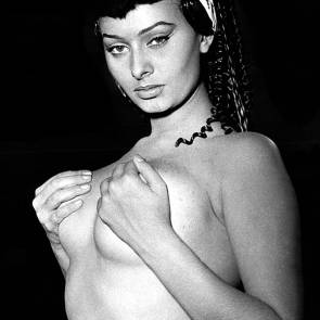 Jane Chirwa  nackt