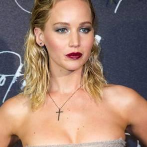 16-Jennifer-Lawrence-Sexy-Paris