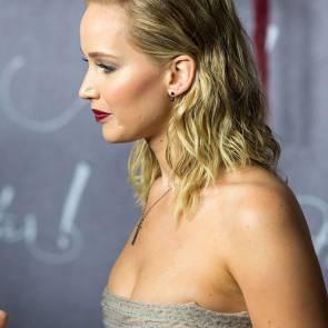 17-Jennifer-Lawrence-Sexy-Paris