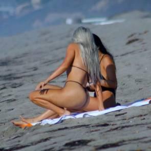 18-Kim-Kardashian-Sexy-Black-Bikini