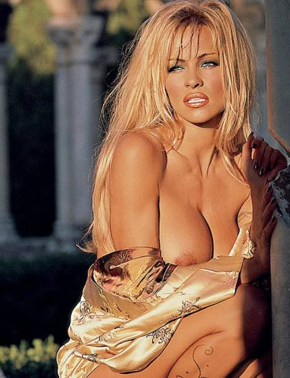 Pamela Anderson Nude Pics and Leaked Sex Tape 23