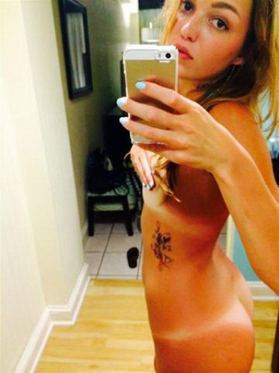 leaked Lili nude simmons
