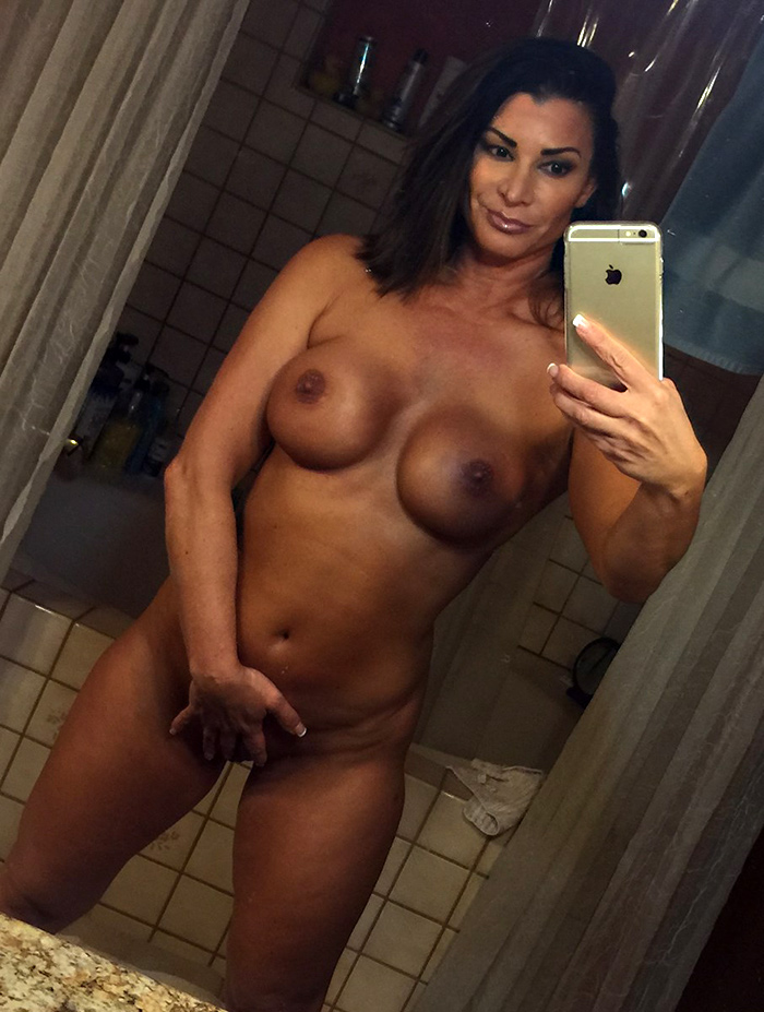 nude woman pornstar white