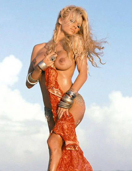Pamela Anderson Nude Pics and Leaked Sex Tape 26