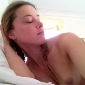 25-Amber-Heard-Leaked-Nude