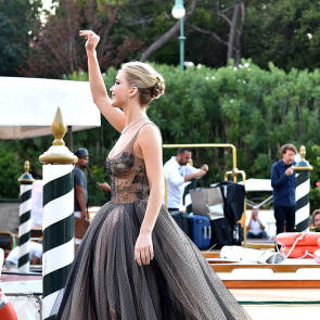 26-Jennifer-Lawrence-Sexy-Venice