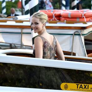 28-Jennifer-Lawrence-Sexy-Venice