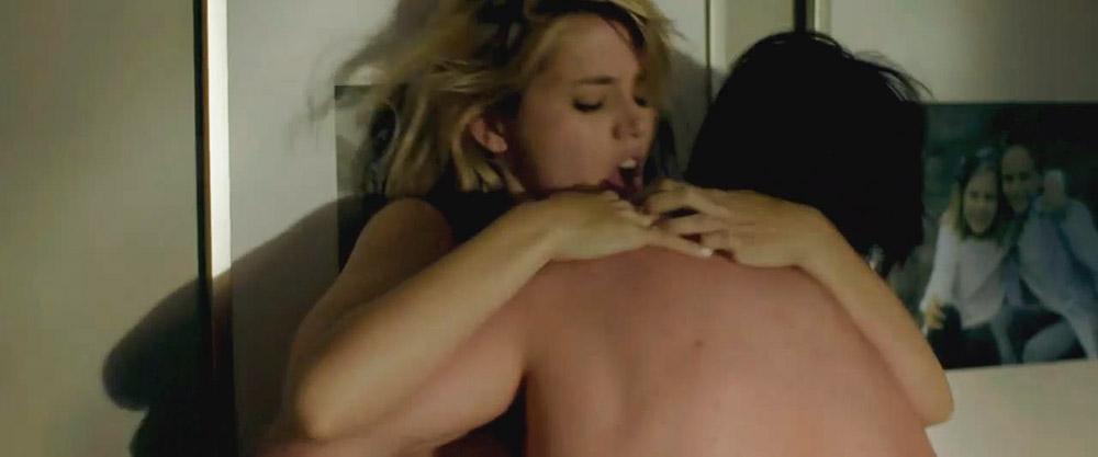 Ana de Armas nude sex scene