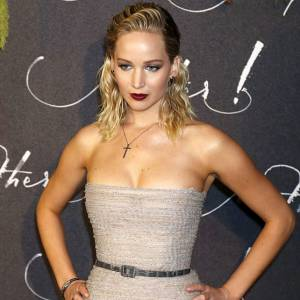 Jennifer Lawrence Sexy At Paris Premiere Of 'Mother'