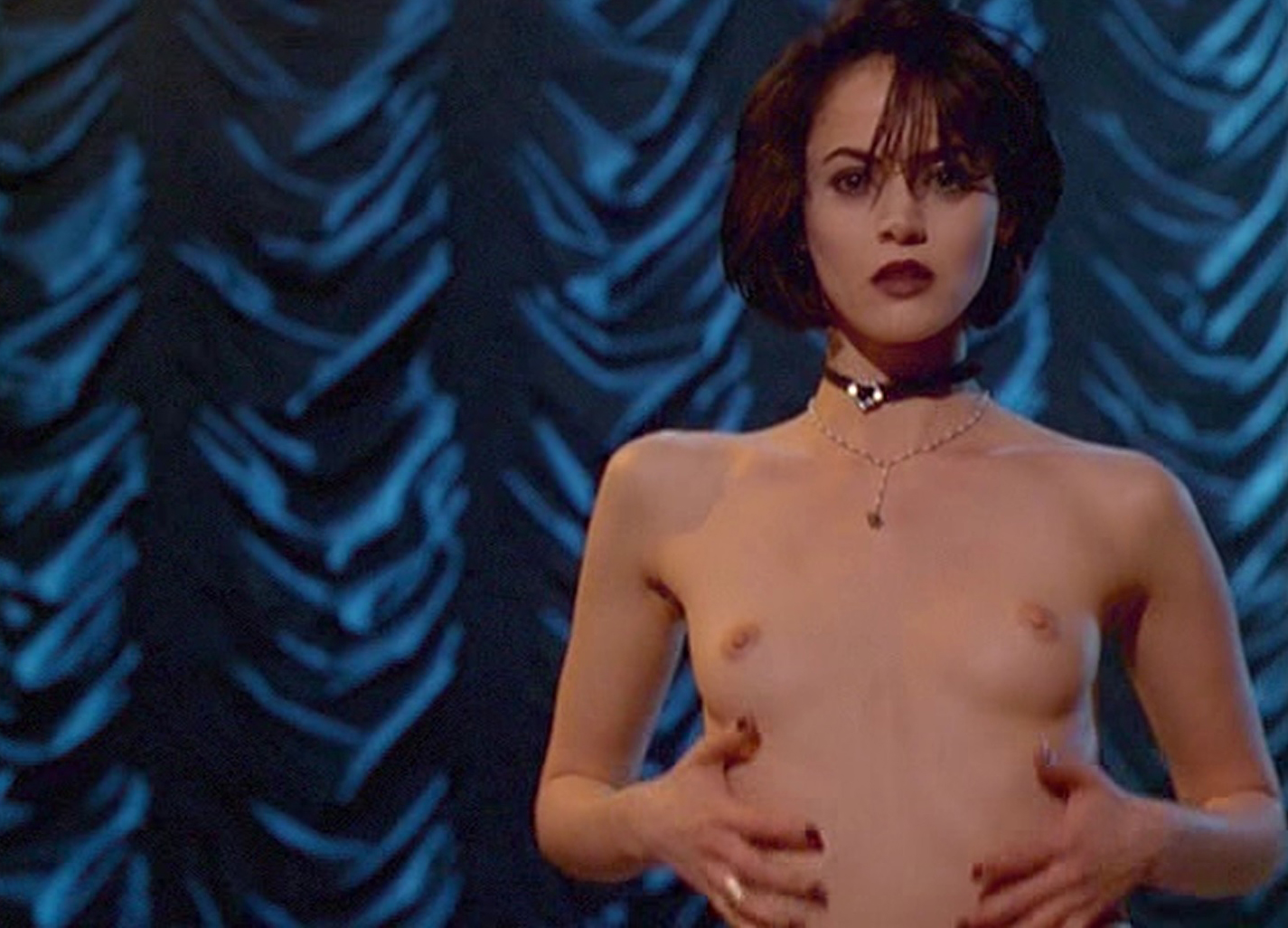 Joanna Going Nude