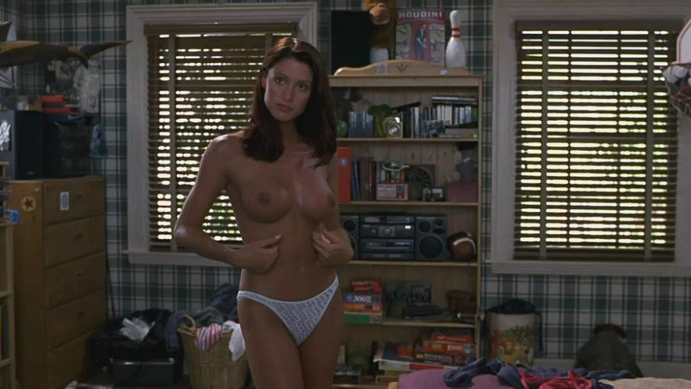 Shannon Elizabeth Nude Pics & Topless Sex Scenes Compilation 57