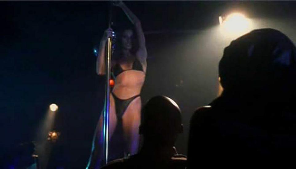 Shannon Elizabeth Nude Pics & Topless Sex Scenes Compilation 65