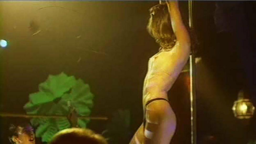 Shannon Elizabeth Nude Pics & Topless Sex Scenes Compilation 68