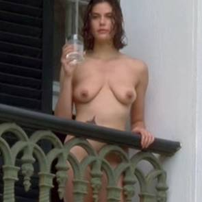 teri hatcher naked in movie