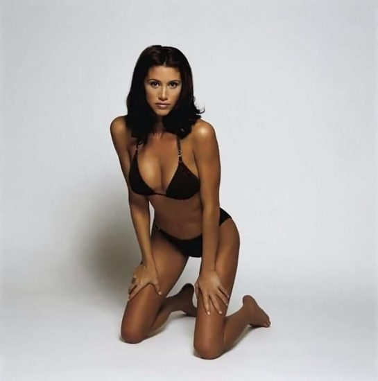 Shannon Elizabeth Nude Pics & Topless Sex Scenes Compilation 32