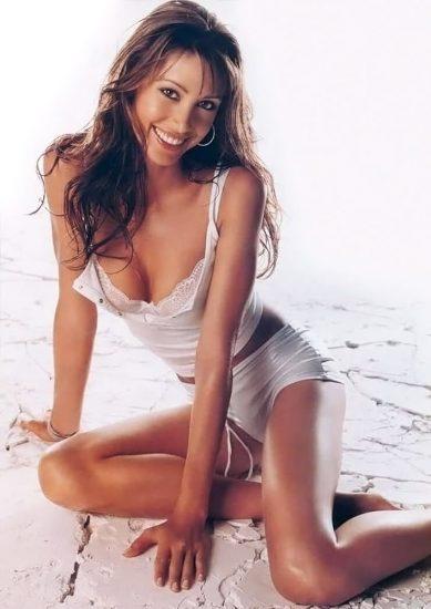 Shannon Elizabeth Nude Pics & Topless Sex Scenes Compilation 46