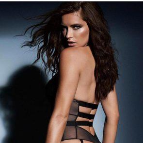 01-Adriana-Lima-Sexy-Lingerie