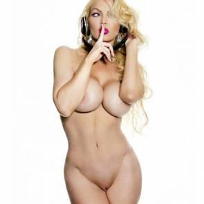 01-Andrea-Prince-Nude