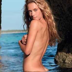 01-Hannah-Ferguson-Sexy-Topless-Naked