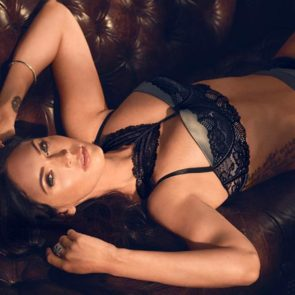 03-Megan-Fox-Sexy-Lingerie