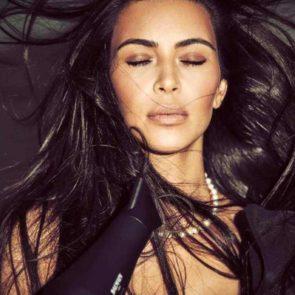 06-Kim-Kardashian-Sexy-Vogue-Mexico-Deep-Cleavage