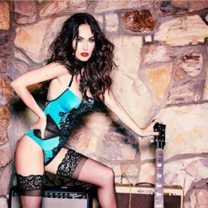 09-Megan-Fox-Sexy-Lingerie