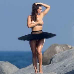 09-Myla-Dalbesio-Topless-Tits
