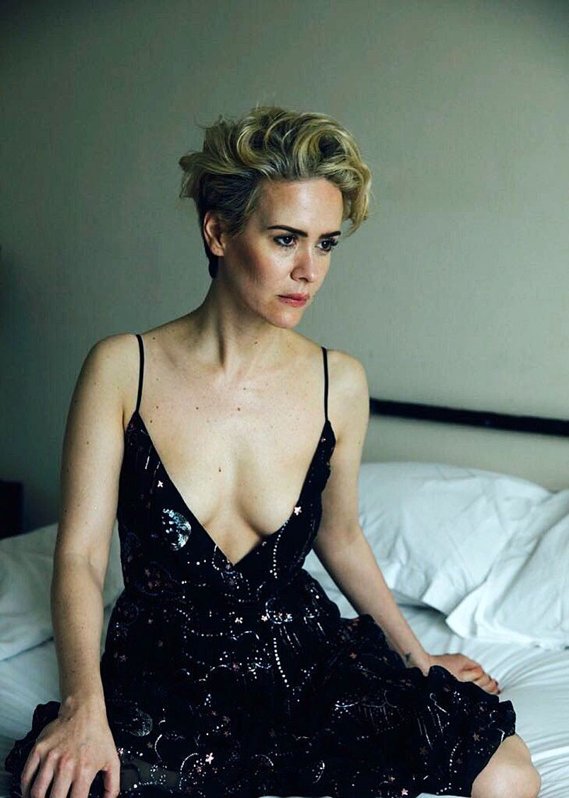 Sarah Paulson Nude Flashes Her Lesbian Tits - Scandal Planet-1986