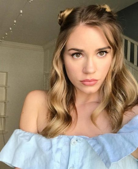 Christa B. Allen Nude Photos and Leaked Porn [2021] 7